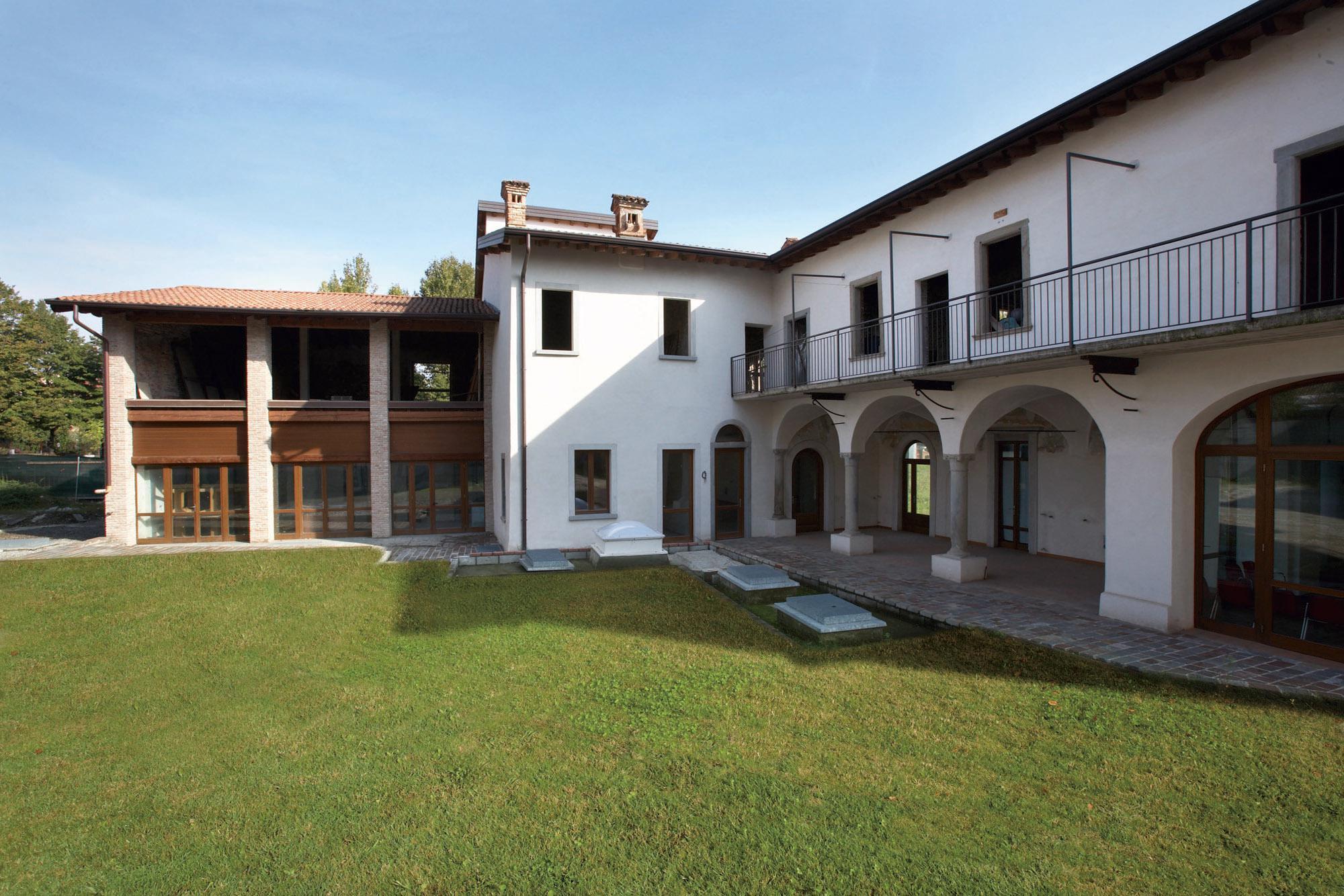 La casa di cura sempre pi casa marco paolo servalli architettura - Restauro immobili ...